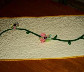 Spring Flower Table Runner